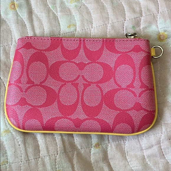 Coach Accessories - Pink coach wallet